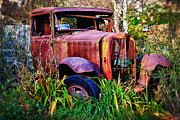 Wreck Photo Prints - Old rusting truck Print by Garry Gay