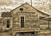 Old Shack Print by Gregory Dyer