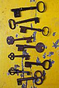 Old Skeleton Keys Print by Garry Gay