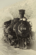 Front View Art - Old Steam Locomotive by George Oze