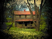 Old Houses Photos - Old Virginia House by Joyce  Kimble Smith