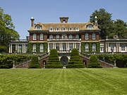 Mansion Prints - Old Westbury Mansion Print by Bob Retnauer