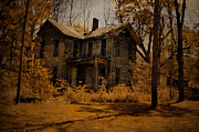 "\\\""haunted House\\\\\\\"" Metal Prints - Olden Golden Metal Print by Emily Stauring"