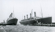 Reliable Posters - Olympic And Titanic At Belfast Poster by Photo Researchers