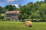 Tennessee Barn Prints - Open Air Barn 1 Print by Douglas Barnett