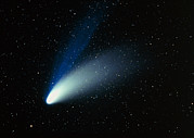 Hale-bopp Comet Framed Prints - Optical Image Of Comet Hale-bopp In The Night Sky Framed Print by Dr Fred Espenak