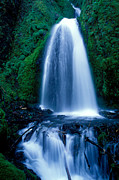 Wahkeena Prints - Oregon - Wahkeena Falls Print by Terry Elniski