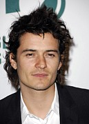 Orlando Bloom Photos - Orlando Bloom At Arrivals For Global by Everett
