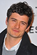 2010s Hairstyles Posters - Orlando Bloom At Arrivals For The Good Poster by Everett