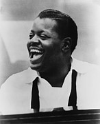 Jazz Pianist Posters - Oscar Peterson 1925-2007 At Piano Poster by Everett