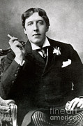Oscar Wilde Prints - Oscar Wilde, Irish Author Print by Photo Researchers