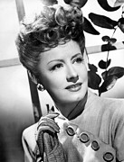1945 Movies Photos - Over 21, Irene Dunne, 1945 by Everett