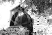 Country Cottage Photos - Paint Bank Wheel by Betsy A Cutler East Coast Barrier Islands