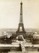 Paris: Eiffel Tower, 1900 Print by Granger