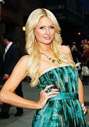 The Late Show With David Letterman Posters - Paris Hilton At Talk Show Appearance Poster by Everett