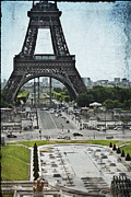 Urban Landscape Art Prints - Paris in Summer Print by Georgia Fowler