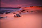 Noel Elliot - Pastel Sunrise At The Beach