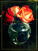 Miniatures Digital Art - Peach Roses by Edie Kynard
