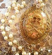 Stars Jewelry - Pearl Gold Pirate Crossbones Cameo by Razz Ace