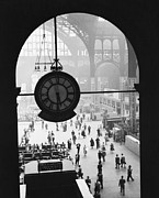 Commuters Framed Prints - Penn Station Clock Framed Print by Van D Bucher and Photo Researchers