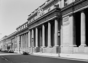1960s Candids Photos - Pennsylvania Station, Exterior, New by Everett