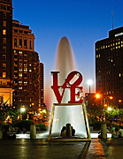 Pennsylvania Framed Prints - Philadelphia LOVE Park Framed Print by Nick Zelinsky