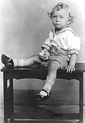 Alfred P  Verhoeven - Photo of Artist Age 2