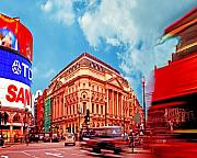 Rights Managed Framed Prints - Piccadilly Circus London Framed Print by Chris Smith