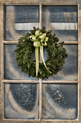 Tom Biegalski Metal Prints - Pine wreath on frosted window Metal Print by Tom Biegalski