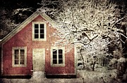 Sonya Kanelstrand Metal Prints - Pink house Metal Print by Sonya Kanelstrand