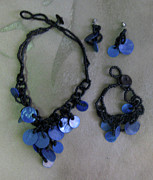 Wood Necklace Jewelry - Pinococo 11-392 Blue by Lyn Deutsch