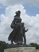 Pioneer Scene Photo Posters - Pioneer Woman Statue Oklahoma  Poster by Ann Powell