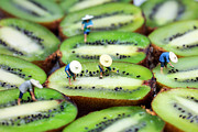 Miniature Digital Art - Planting rice on kiwifruit by Mingqi Ge