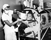 Infantile Paralysis Photos - Polio Patient Flossie Rogers Looking by Everett