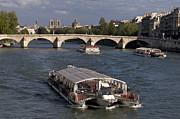 BERNARD JAUBERT - Pont du Carroussel. Paris. France