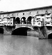 Florence Framed Prints - Ponte Vicchio Bridge in Florence Italy - c 1905 Framed Print by International  Images