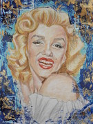 Celebrity Pastels Framed Prints - Portrait of Marilyn Monroe Framed Print by Agnes Varnagy