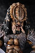 Movie Sculptures - Predator close up by Craig Incardone