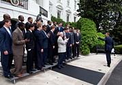 President Barack Obama Waves To Coach Print by Everett
