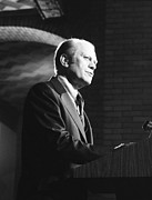 President Gerald Ford Speaking Print by Everett