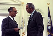 Lyndon Art - President Johnson In Conversation by Everett