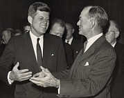 President Kennedy Talking With Arkansas Print by Everett