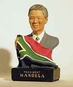South Sculptures - President Nelson Mandela by Nijel Binns