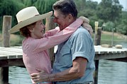 Ronald Reagan Photo Prints - President Ronald And Nancy Reagan In An Print by Everett