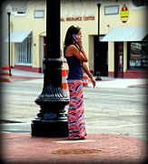 City Streets Photo Prints - Pretty Woman Print by Karen Wiles