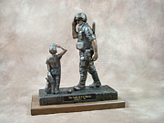 Soldier Sculptures - Pride of Our Nation - Battledress by Eric Westfall