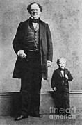 Freak Show Prints - P.t. Barnum And Commodore Nutt, 1863 Print by Science Source
