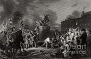Independence Park Framed Prints - Pulling Down Statue Of George Iii, Nyc Framed Print by Photo Researchers
