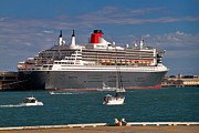 Luxury Liner Prints - Queen Mary 2 Print by Louise Heusinkveld