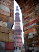 Qutb Posters - Qutb Minar - New Delhi Poster by Mike Holloway